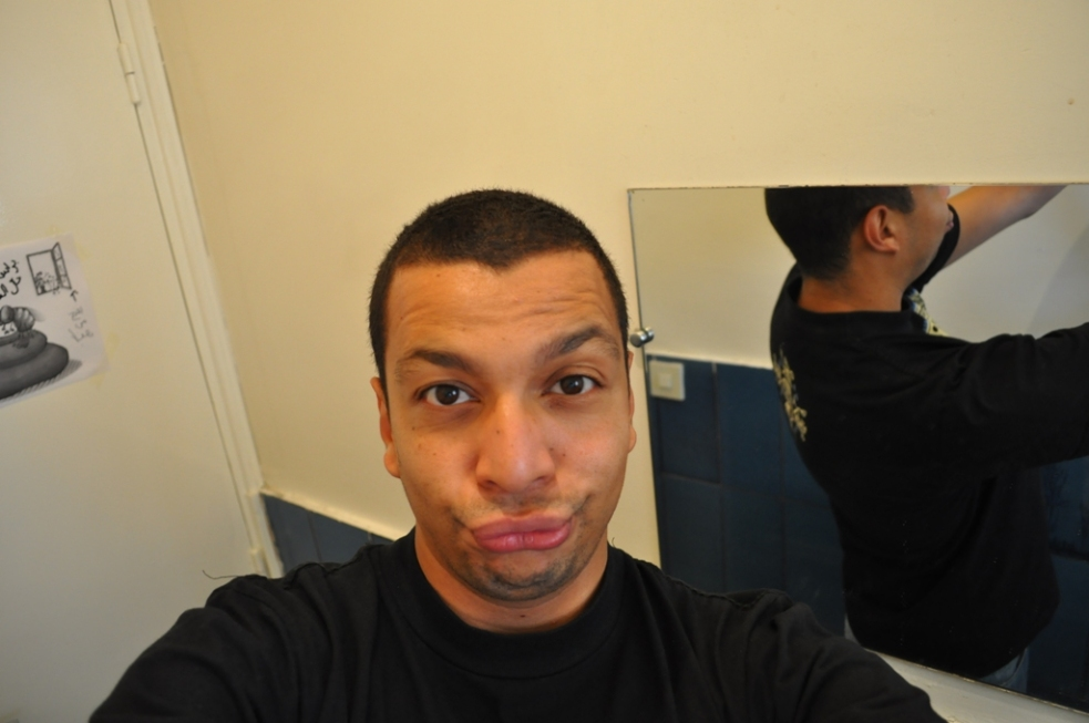 Duck face homme